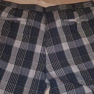 Perry Ellis Shorts - Perry Ellis shorts size 40 W